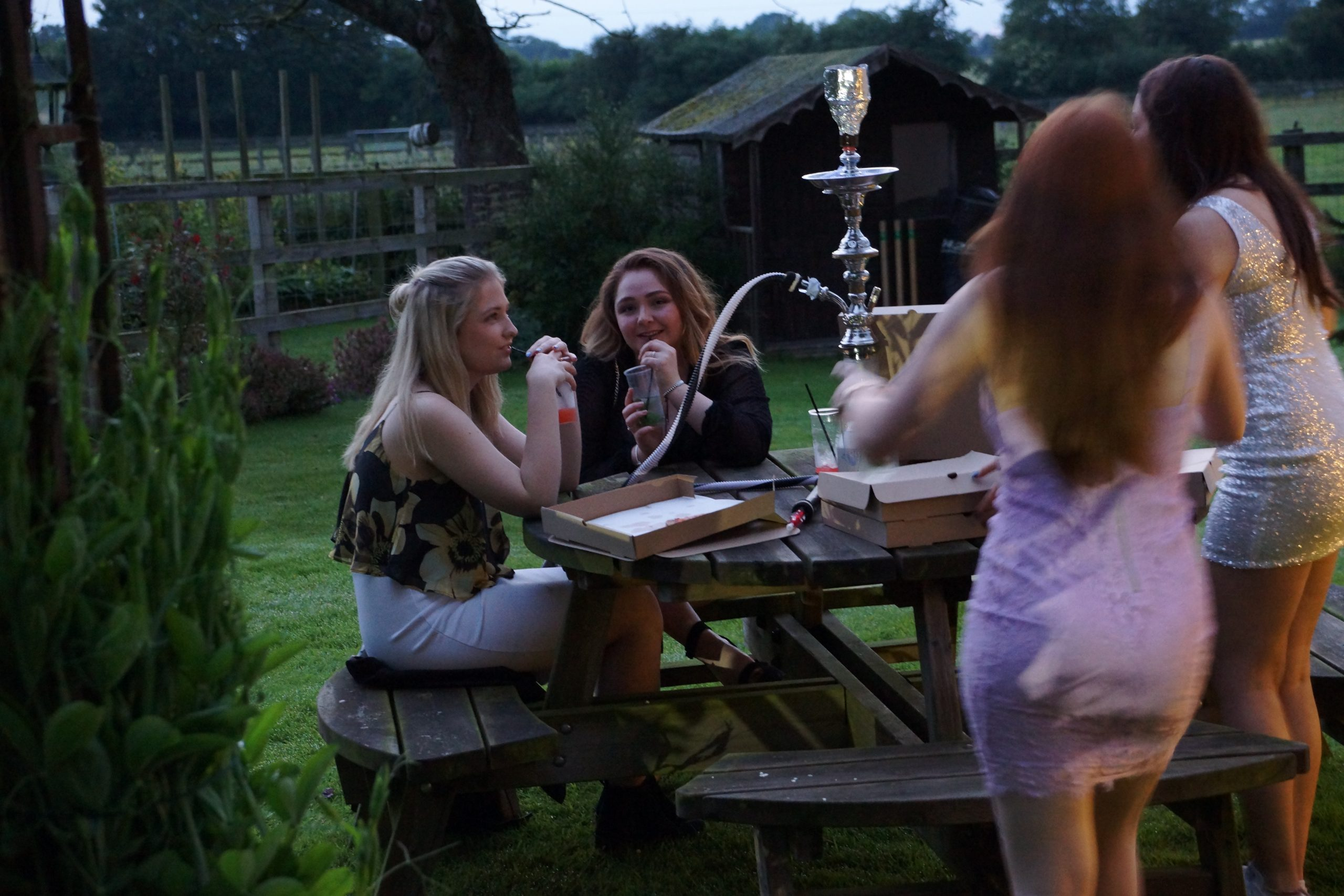 Luxury Shisha Hire Sevenoaks Package - Birthdays, House Parties, Corporate Events & Weddings